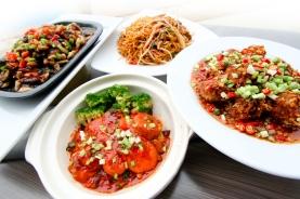 Vegetarian-festival-food_-in-Bangkok-at-Xing-Fu